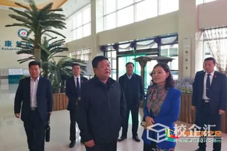 宁夏民族职业技术学院党委书记马维敏一行到宁夏阅海养老产业发展有限公司考察